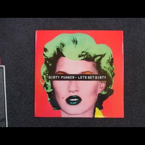 20160414234046-Banksy-Record-Kate-Moss-B-700x700